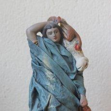 Figuras de Belén: FIGURA BELEN NACIMIENTO PUENTE TOCINOS MURCIA PASTOR CON CORDERO Y PAVO TERRACOTA Y TELA ENCOLADA. Lote 143034122