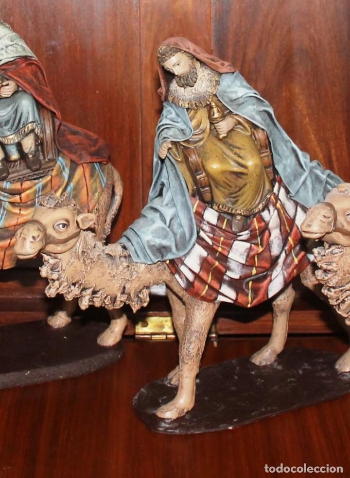 Figuras de Belén: FIGURAS BELEN LOS TRES REYES MAGOS CON CAMELLOS, DECORARTE J. FERNANDEZ, MURCIA ALTURA MEDIA 33 CM - Foto 3 - 143089954