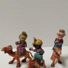 Figuras de Belén: FIGURAS PVC REYES MAGOS CABEZONES AÑOS 70. Lote 143326573