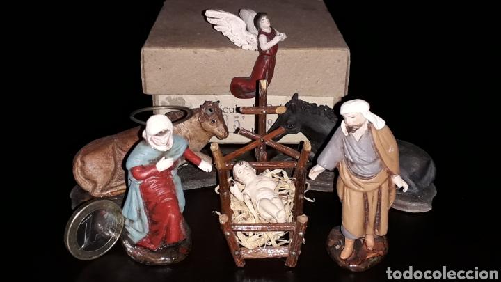 Figuras de Belén: Figuras Belén Belenismo: Misterio Nacimiento en barro o terracota, Ortigas o similar, años 50. Caja. - Foto 3 - 143584806