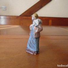 Figuras de Belén: ANTIGUA FIGURA BELÉN EN BARRO PASTOR CON CORDERO ORTIGAS 10 CM.. Lote 147108902
