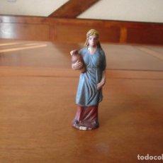 Figuras de Belén: ANTIGUA FIGURA BELÉN EN BARRO, ORTIGAS 10,7 CM.. Lote 147109050