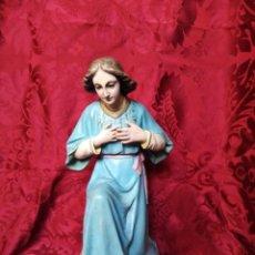 Figuras de Belén: ÁNGEL ADORADOR BELÉN NACIMIENTO OLOT. Lote 147469494