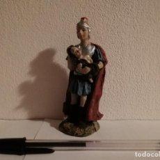Figuras de Belén: FIGURA ROMANO CERAMICA - BELEN - CON NIÑO EN BRAZOS. Lote 147552062