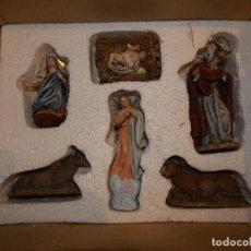 Figuras de Belén: BELEN,NACIMIENTO, PESEBRE J. FERNÁNDEZ DECOARTE. CAJA ORIGINAL. SAN JOSÉ 16 CMS, VIRGEN 10 CMS. Lote 148300822