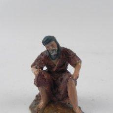 Figuras de Belén: FIGURA DE BELEN DE BARRO, ORTIGAS, MIDE 6 CMS. DE ALTURA, . Lote 155754866
