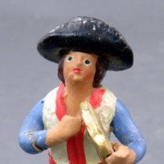 Figuras de Belén: MÚSICO TOCANDO PANDERETA BELÉN NACIMIENTO BARRO MURCIANO AÑOS 30 - 40 8 CM ALTO. Lote 155789446