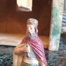 Figuras de Belén: FIGURA DE BELÉN NACIMIENTO. ANCIANO ADORANDO O REY O HERODES. TERRACOTA.. Lote 156899786