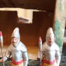 Figuras de Belén: FIGURA DE BELÉN NACIMIENTO. DOS ROMANOS PARA EL PALACIO DE HERODES. TERRACOTA.. Lote 156900066