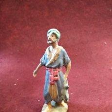 Figuras de Belén: ANTIGUA FIGURA DE BELEN DE BARRO Y PLOMO. Lote 158275785
