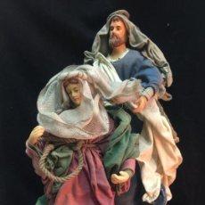 Figuras de Belén: CURIOSO SAN JOSÉ Y VIRGEN MARIA, CABEZA Y MANOS DE PORCELANA, PESEBRE NAPOLITANO. Lote 159550106