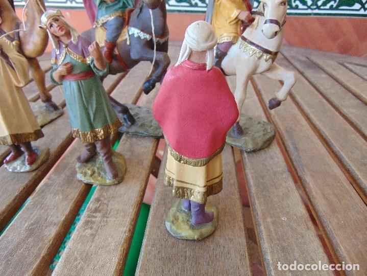 Figuras de Belén: FIGURA DE BELEN EN ESTUCO POLICROMADO OLOT ?? LOS TRES REYES MAGOS Y SUS PAJES - Foto 5 - 159691522