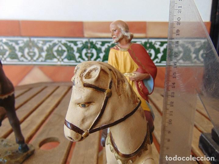 Figuras de Belén: FIGURA DE BELEN EN ESTUCO POLICROMADO OLOT ?? LOS TRES REYES MAGOS Y SUS PAJES - Foto 6 - 159691522