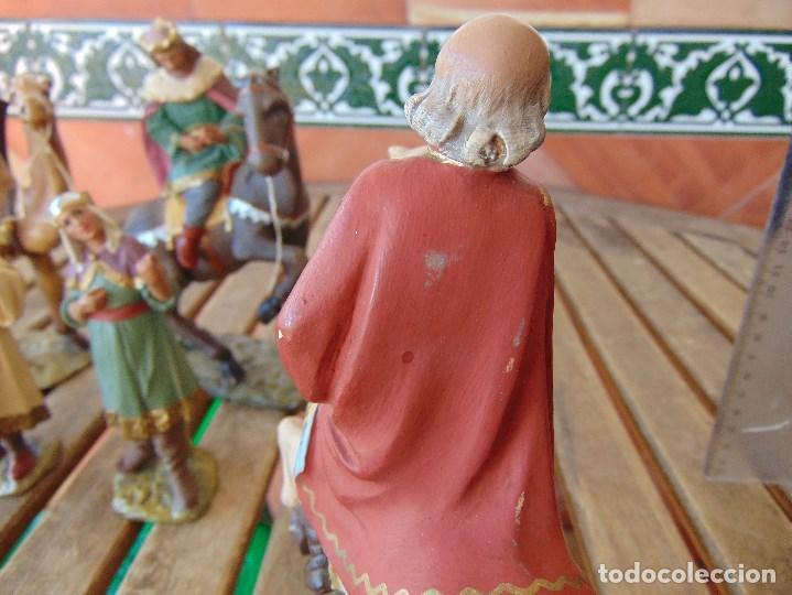 Figuras de Belén: FIGURA DE BELEN EN ESTUCO POLICROMADO OLOT ?? LOS TRES REYES MAGOS Y SUS PAJES - Foto 9 - 159691522