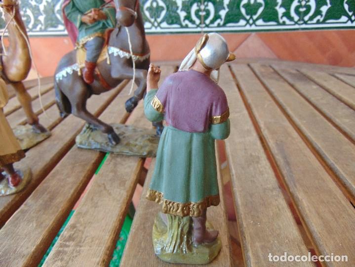 Figuras de Belén: FIGURA DE BELEN EN ESTUCO POLICROMADO OLOT ?? LOS TRES REYES MAGOS Y SUS PAJES - Foto 18 - 159691522
