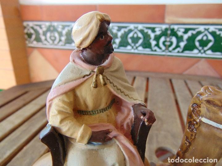 Figuras de Belén: FIGURA DE BELEN EN ESTUCO POLICROMADO OLOT ?? LOS TRES REYES MAGOS Y SUS PAJES - Foto 36 - 159691522