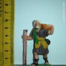 Figurines pour Crèches de Noël: ANTIGUA FIGURA DE PORTAL DE BELEN PLASTICO DURO HAGA SU OFERTA - PERSONAJE. Lote 172470014