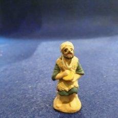 Figuras de Belén: FIGURA BELÉN DE BARRO. 4CM. Lote 176076367
