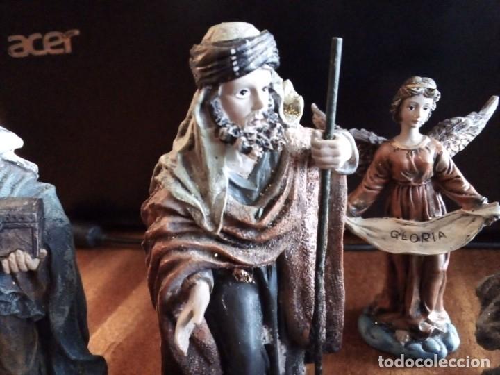 Figuras de Belén: Reyes Magos, San José, La Virgen, Niño Jesús en pesebre, Arcangel, Mula y Buey. TERRACOTA O RESINA - Foto 6 - 177713812