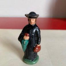 Figuras de Belén: FIGURA BELEN. BARRO. CURA. 8 CM. Lote 181877556