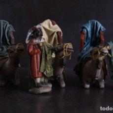 Figuras de Belén: CONJUNTO DE REYES MAGOS, CAMELLOS Y PAJES. Lote 182713627