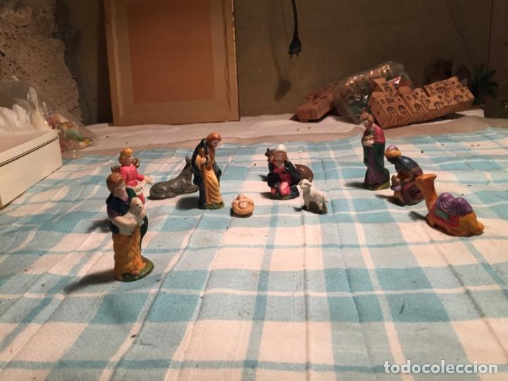 Figuras de Belén: Antiguo nacimiento / figuras de Belén San José Virgen Maria, Asno, niño Jesus, buey etc años 60 - Foto 2 - 183294172