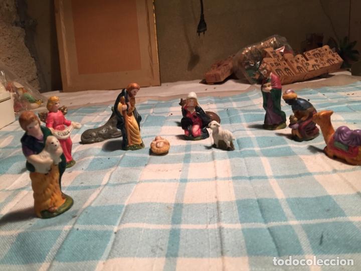 Figuras de Belén: Antiguo nacimiento / figuras de Belén San José Virgen Maria, Asno, niño Jesus, buey etc años 60 - Foto 3 - 183294172