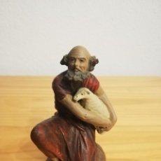 Figuras de Belén: ANTIGUA FIGURA PASTOR ORTIGAS PARA PESEBRE HUEVO FRITO CACHARRERIA. Lote 183723383