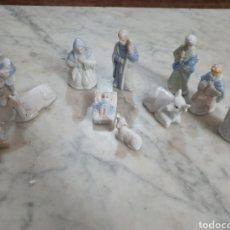 Figuras de Belén: PRECIOSO BELÉN DE PORCELANA 11 PIEZAS. Lote 184213083