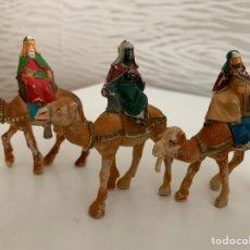 Figuras de Belén: REYES MAGOS. PLÁSTICO. 7 CM. Lote 184775920