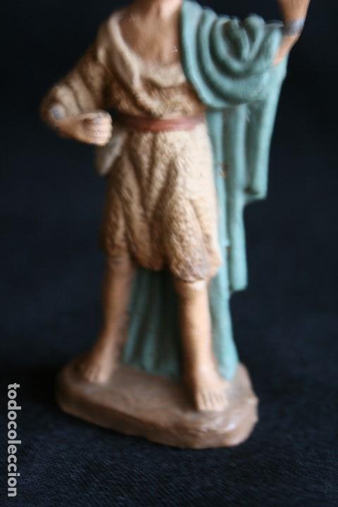 Figuras de Belén: PASTOR CON MORRAL ,DE BELEN O PESEBRE EN BARRO O TERRACOTA .posiblemente sea de castells ¡ - Foto 3 - 187187130