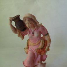 Figuras de Belén: MUJER CON CÁNTARO. FIGURA MUJER PASTOR DE BELÉN PESEBRE. MEDIDA APROX. 14 CM.. Lote 187217337