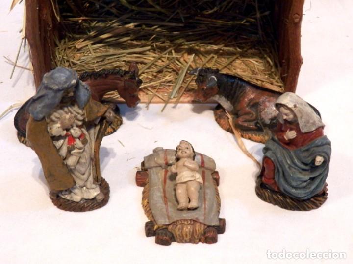 FIGURAS DE BELEN, FIGURAS DE RESINA, ESCENA DE NAVIDAD, FIGURAS NAVIDAD JESÚS, 5 FIGURAS (Coleccionismo - Figuras de Belén)