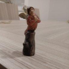 Figuras de Belén: FIGURA DE ANGEL DE BARRO. Lote 187523977