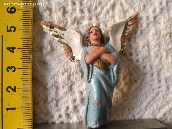 ANTIGUA FIGURA DE PORTAL DE BELEN PLASTICO DURO , PECH OLIVER O SIMILAR VER MEDIDA EN FOTO (Coleccionismo - Figuras de Belén)
