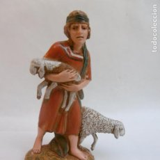 Figuras de Belén: PASTOR ADORANDO - FIGURA BELEN DE 10 CM. MORANDUZZO - ESCULTOR M. LANDI - NUEVO. Lote 189992527
