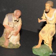 Figuras de Belén: LOTE DE FIGURAS DE BELEN O PESSEBRE UNA EN ESTUCO -UNA EN TERRACOTA. Lote 192801861