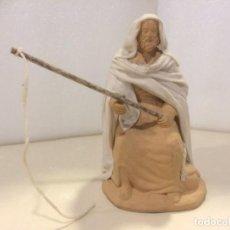 Figuras de Belén: BELEN - FIGURA PESCADOR BARRO LIENZADO SIN PINTAR. Lote 194393687