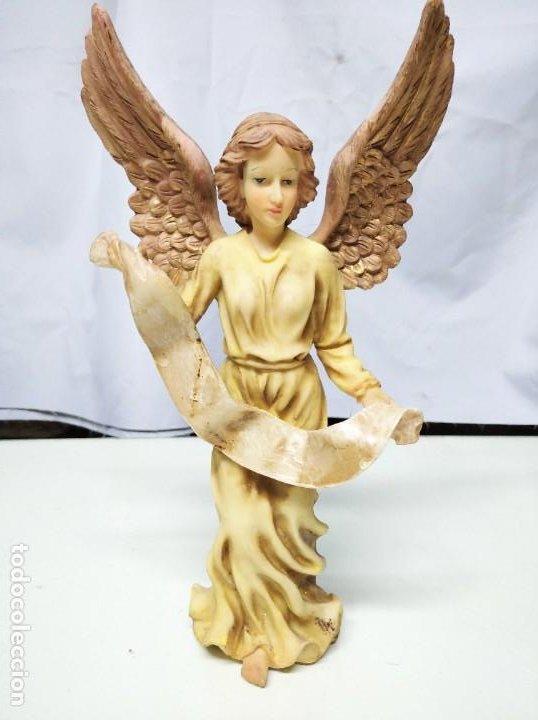 Figuras de Belén: Nacimiento compuesto por 12 figuras fabricadas en resina. Entre 10 y 30 cm altura aprox. cada figura - Foto 6 - 194405400