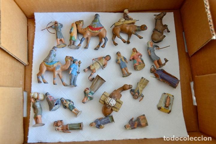 PRECIOSO Y ORIGINAL BELÉN DE PLOMO. FIGURAS, ANIMALES Y ACCESORIOS. 53 ELEMENTOS. CIRCA 1930. RARO (Coleccionismo - Figuras de Belén)