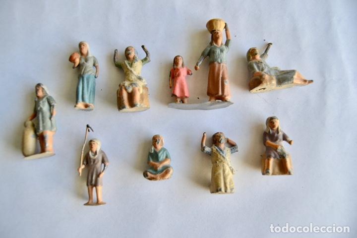 Figuras de Belén: Precioso y Original Belén de Plomo. Figuras, Animales y Accesorios. 53 Elementos. Circa 1930. Raro - Foto 15 - 195215796