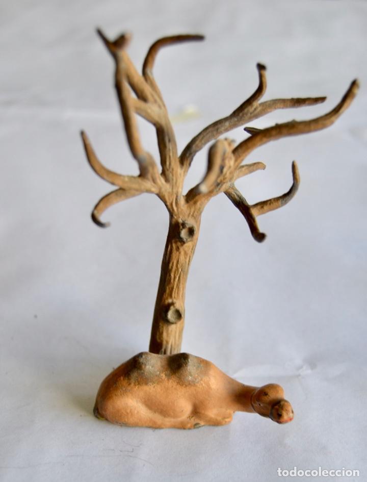 Figuras de Belén: Precioso y Original Belén de Plomo. Figuras, Animales y Accesorios. 53 Elementos. Circa 1930. Raro - Foto 18 - 195215796