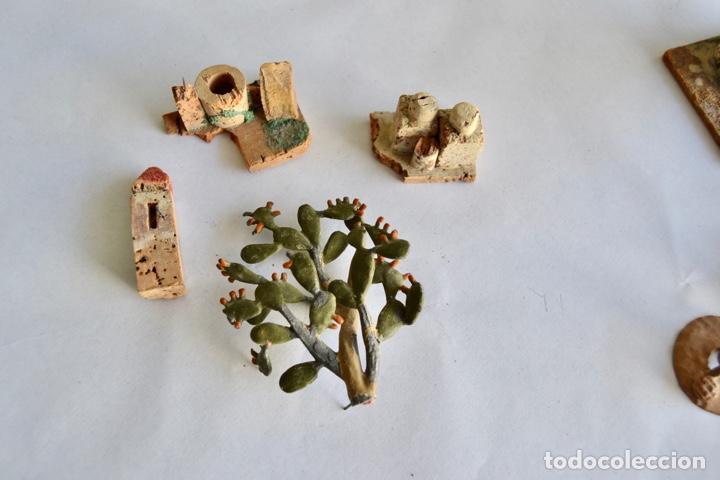 Figuras de Belén: Precioso y Original Belén de Plomo. Figuras, Animales y Accesorios. 53 Elementos. Circa 1930. Raro - Foto 23 - 195215796
