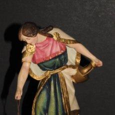 Figuras de Belén: FIGURA DE BELEN O PESSEBRE EN ESTUCO - MUJER CON ANFORA. Lote 195279015
