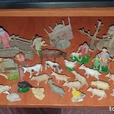 Figuras de Belén: LOTE DE FIGURAS DE PLASTICO ANTIGUAS DE BELEN, TIPO PECH, REAMSA. Lote 195448553