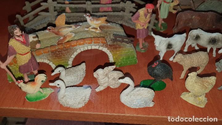 Figuras de Belén: Lote de figuras de plastico antiguas de belen, tipo pech, reamsa - Foto 3 - 195448553