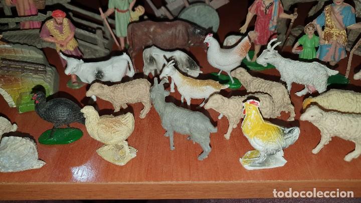 Figuras de Belén: Lote de figuras de plastico antiguas de belen, tipo pech, reamsa - Foto 5 - 195448553
