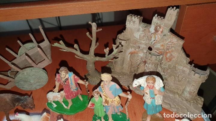 Figuras de Belén: Lote de figuras de plastico antiguas de belen, tipo pech, reamsa - Foto 6 - 195448553