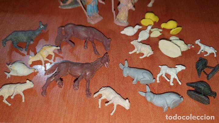 Figuras de Belén: Lote de figuras de plastico antiguas de belen, tipo pech, reamsa - Foto 10 - 195448553
