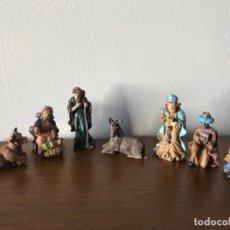 Figuras de Belén: FIGURAS BELÉN EN RESINA 3 REYES + JOSE, MARIA, NIÑO JESUS + MULA Y BUEY. Lote 196360615